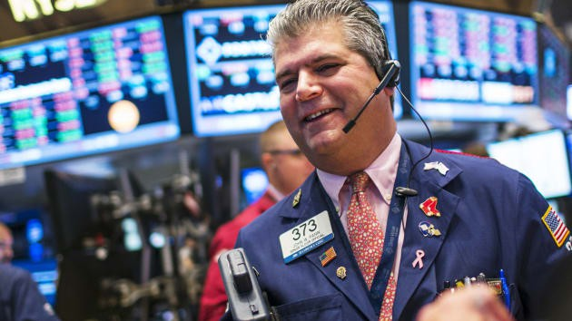 Dow Jones increased by more than 500 points