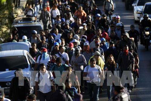 Mỹ gia hạn quy chế bảo hộ tạm thời cho công dân 6 nước - Ảnh 1.