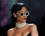 Vì sao Rihanna hủy diễn trong show trang phục lót Victoria Secret?