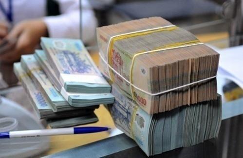 Lãi suất liên ngân hàng bất ngờ tăng mạnh - Ảnh 1.