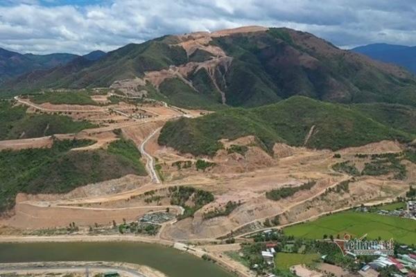 Sai phạm hàng loạt, 2/5 dự án ở núi Chín Khúc buộc thay đổi mục tiêu - Ảnh 2.