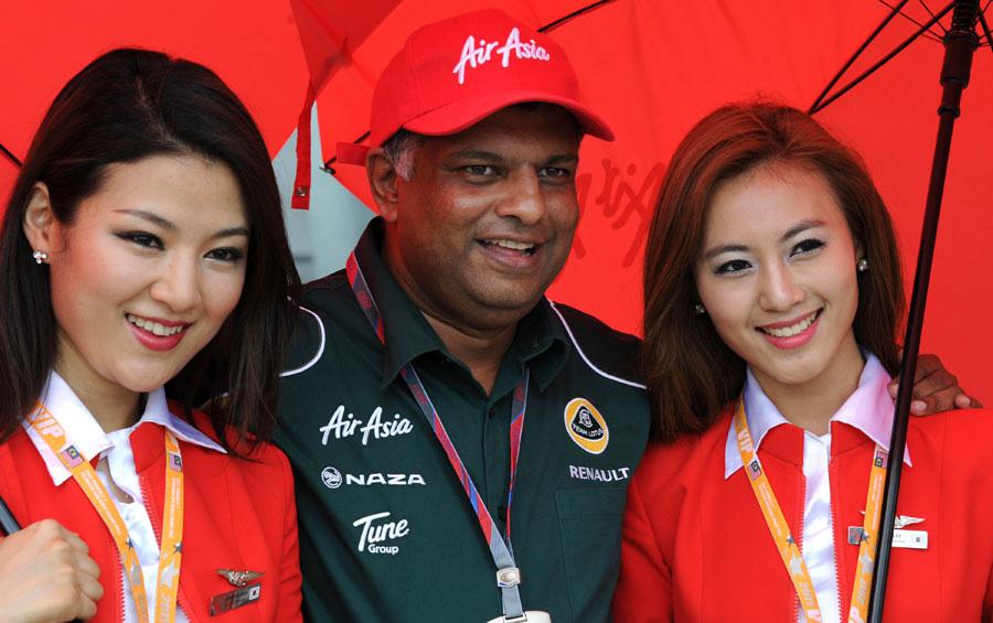Hãng hàng không giá rẻ muốn mở 100 cửa hàng đồ ăn nhanh: Toan tính sai lầm của AirAsia? - Ảnh 2.