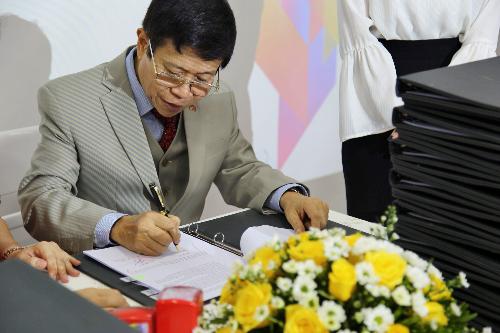 chân dung tiến sỹ Mai Huy Tân