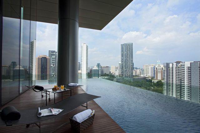 Nhiều người già ở Singapore trở thành triệu phú chỉ sau 1 đêm - Ảnh 2.