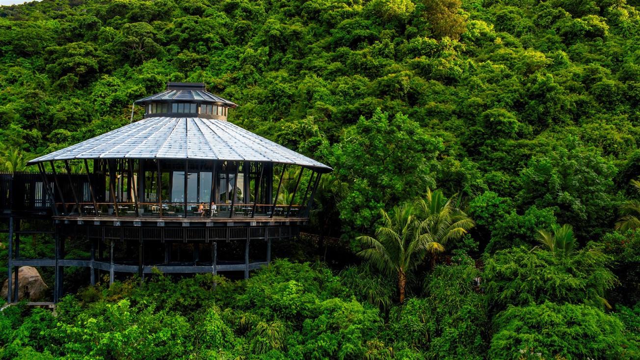 Mot goc InterContinental Danang Sun Peninsula Resort