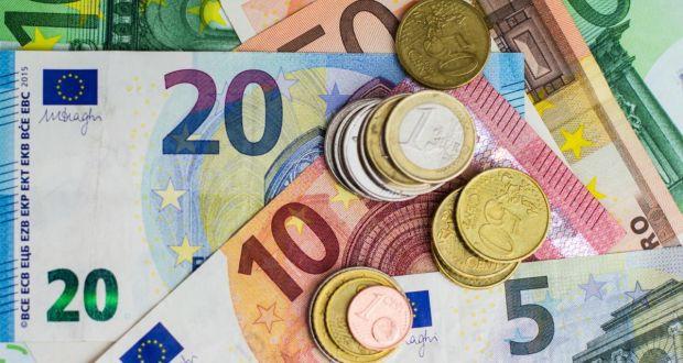 Tỷ giá đồng Euro hôm nay (4/11): Biến động mạnh tại một số ngân hàng - Ảnh 1.