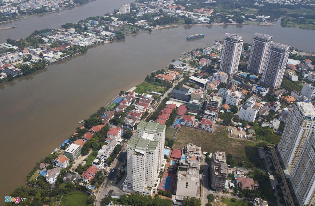 Biệt thự ở Thảo Điền bịt kín lối ra bờ sông Sài Gòn - Ảnh 1.
