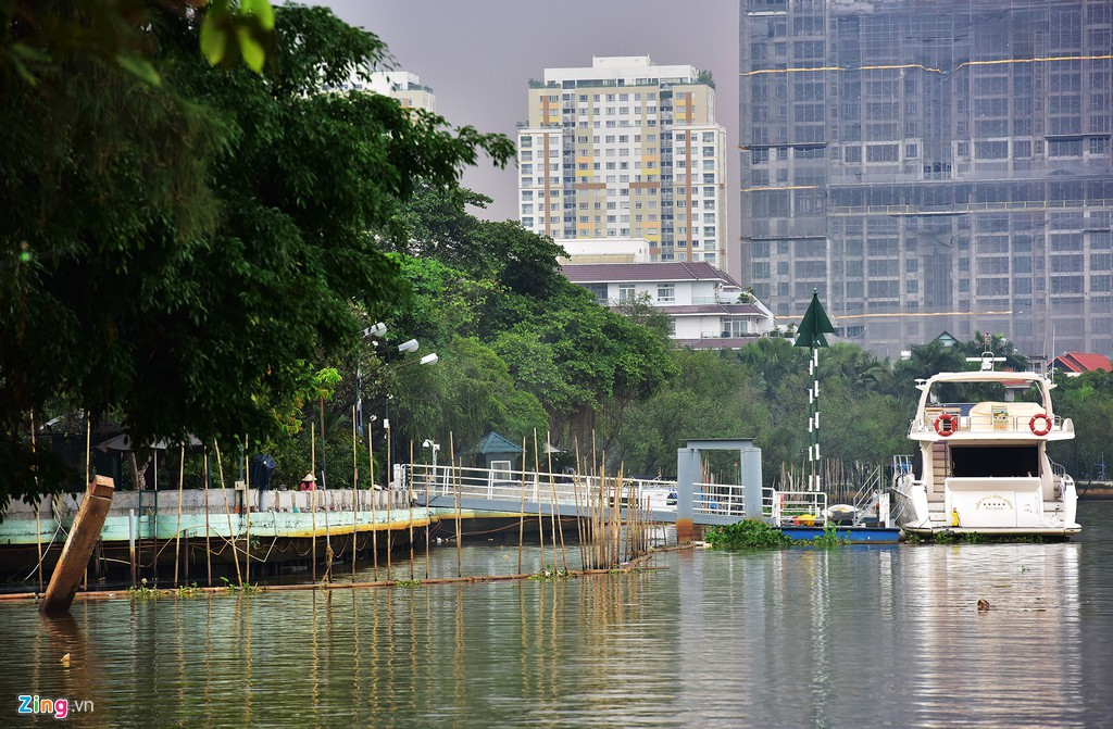 Biệt thự ở Thảo Điền bịt kín lối ra bờ sông Sài Gòn - Ảnh 11.
