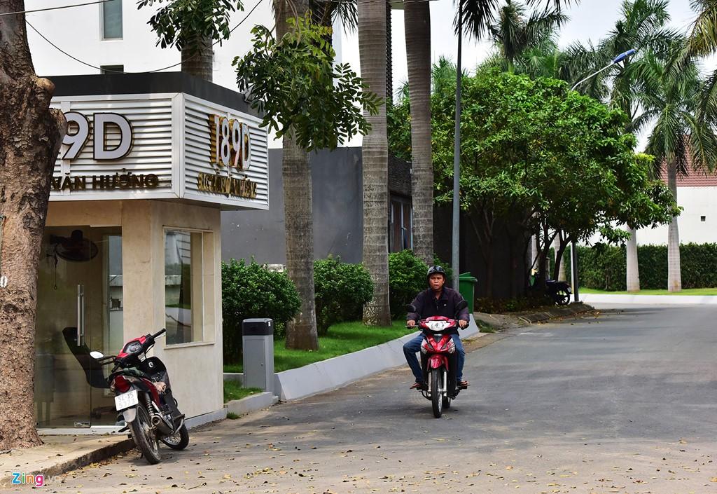 Biệt thự ở Thảo Điền bịt kín lối ra bờ sông Sài Gòn - Ảnh 14.