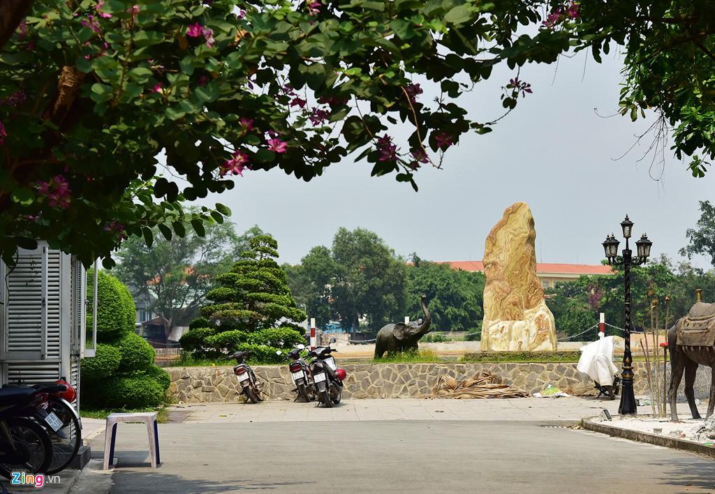 Biệt thự ở Thảo Điền bịt kín lối ra bờ sông Sài Gòn - Ảnh 15.