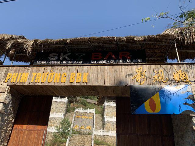 Công trình 'bí ẩn' trên núi Lạng Sơn từng là bối cảnh phục vụ đoàn phim Trung Quốc? - Ảnh 2.