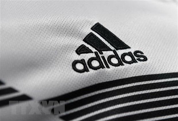 Doanh số bán hàng tăng nhanh, Adidas sẽ đạt mục tiêu tài chính năm nay - Ảnh 1.