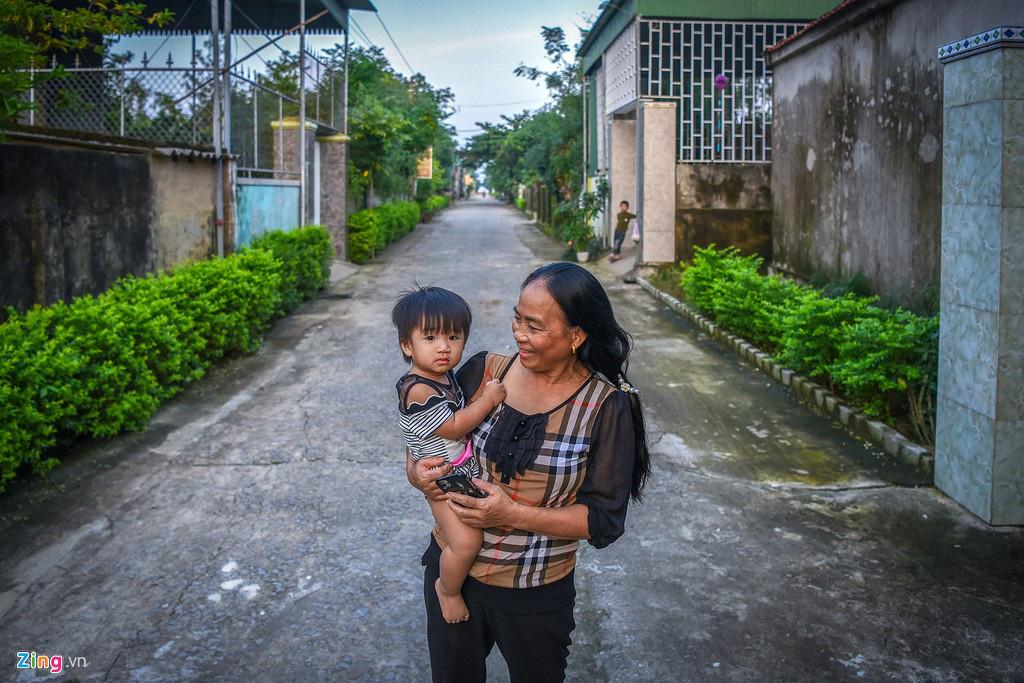 'Biệt thự rỗng' ở làng xuất khẩu lao động giàu nhất Hà Tĩnh - Ảnh 12.