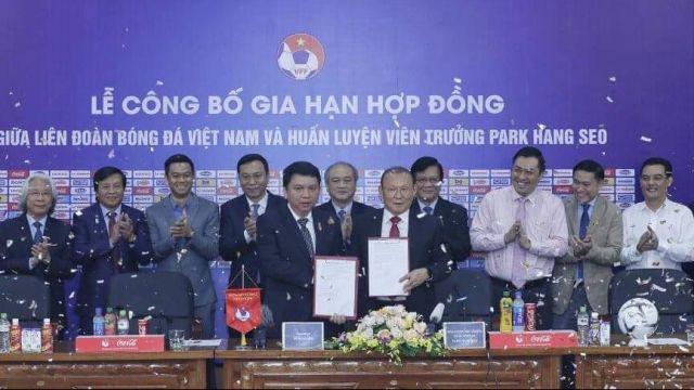 Báo Thái đưa tin lương mới của HLV Park Hang Seo ở mức 1,2 triệu USD/năm - Ảnh 1.