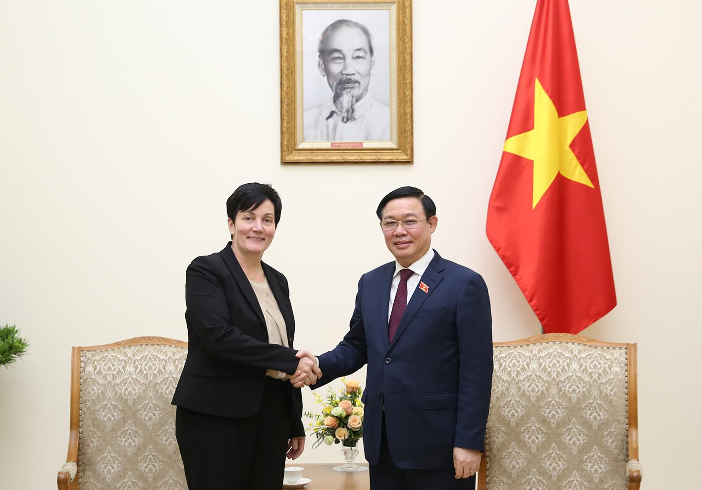 Tổ chức tài chính quốc tế được nhận thế chấp sổ đỏ tại Việt Nam - Ảnh 1.