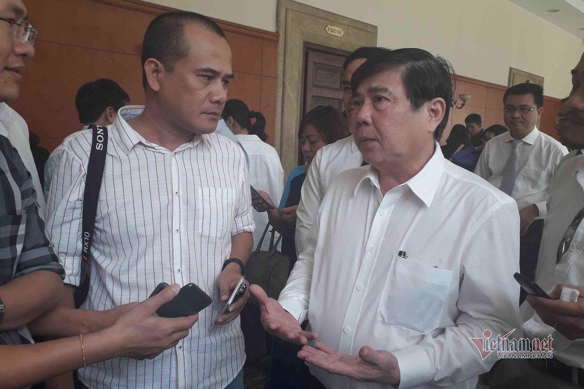 Chủ tịch TP HCM nóng lòng khi chưa giao đất cho dân khu 4,3 ha Thủ Thiêm - Ảnh 1.