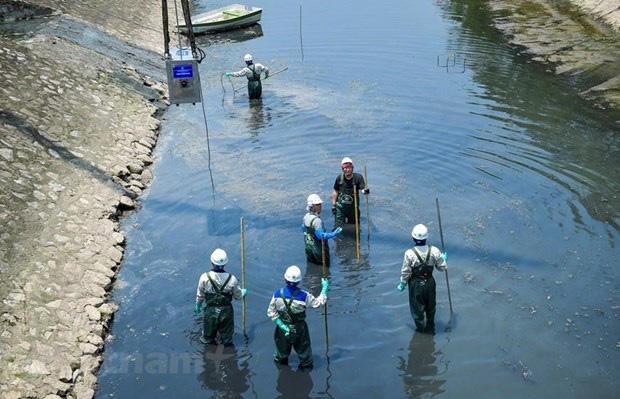 UBND thành phố Hà Nội thông tin về việc 'xử lí ô nhiễm sông Tô Lịch' - Ảnh 1.