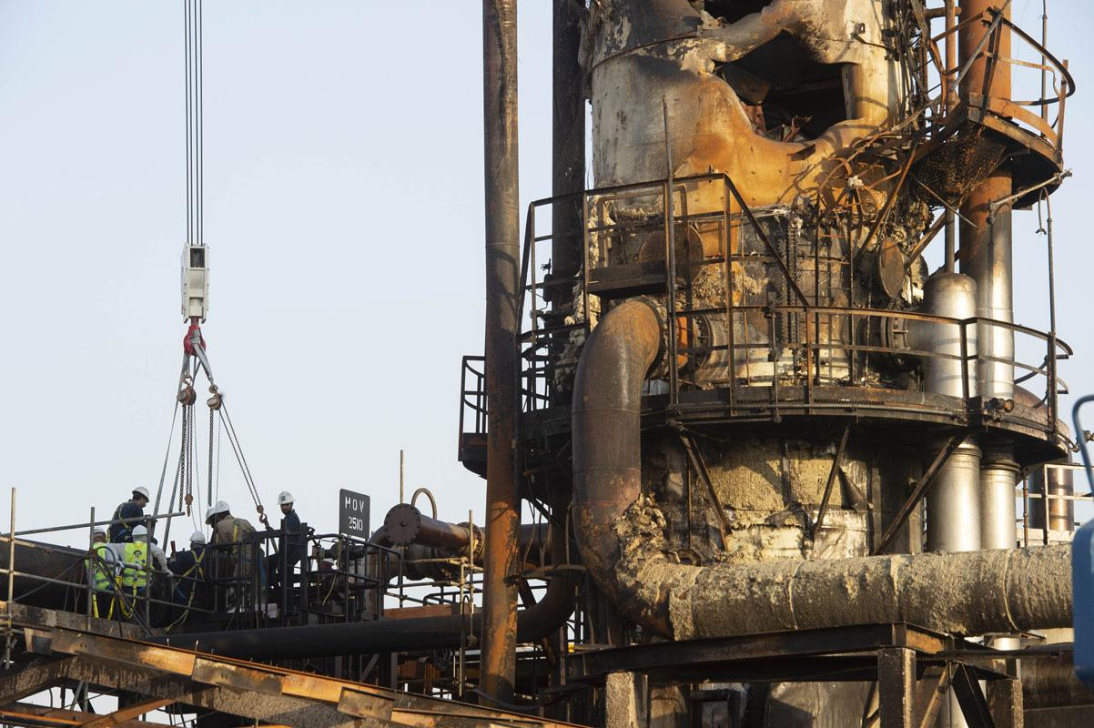 Tham lam, kiêu ngạo và dối trá: Bong bóng 2.000 tỉ USD của tập đoàn dầu mỏ lớn nhất thế giới vỡ tan như thế nào? - Ảnh 8.