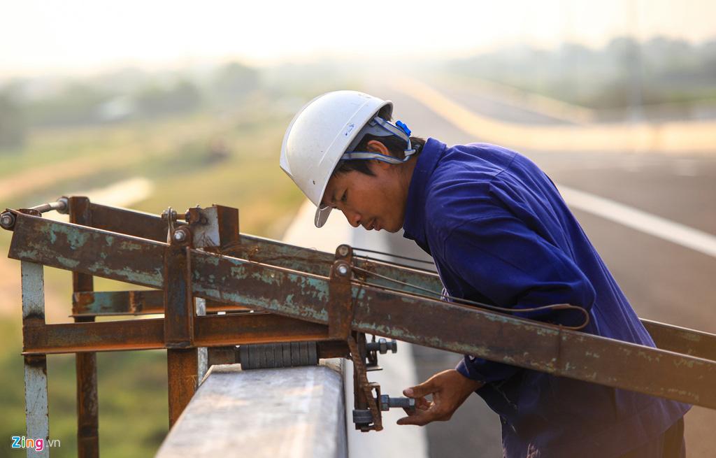 Cao tốc Bến Lức - Long Thành dở dang sau 5 năm thi công - Ảnh 7.