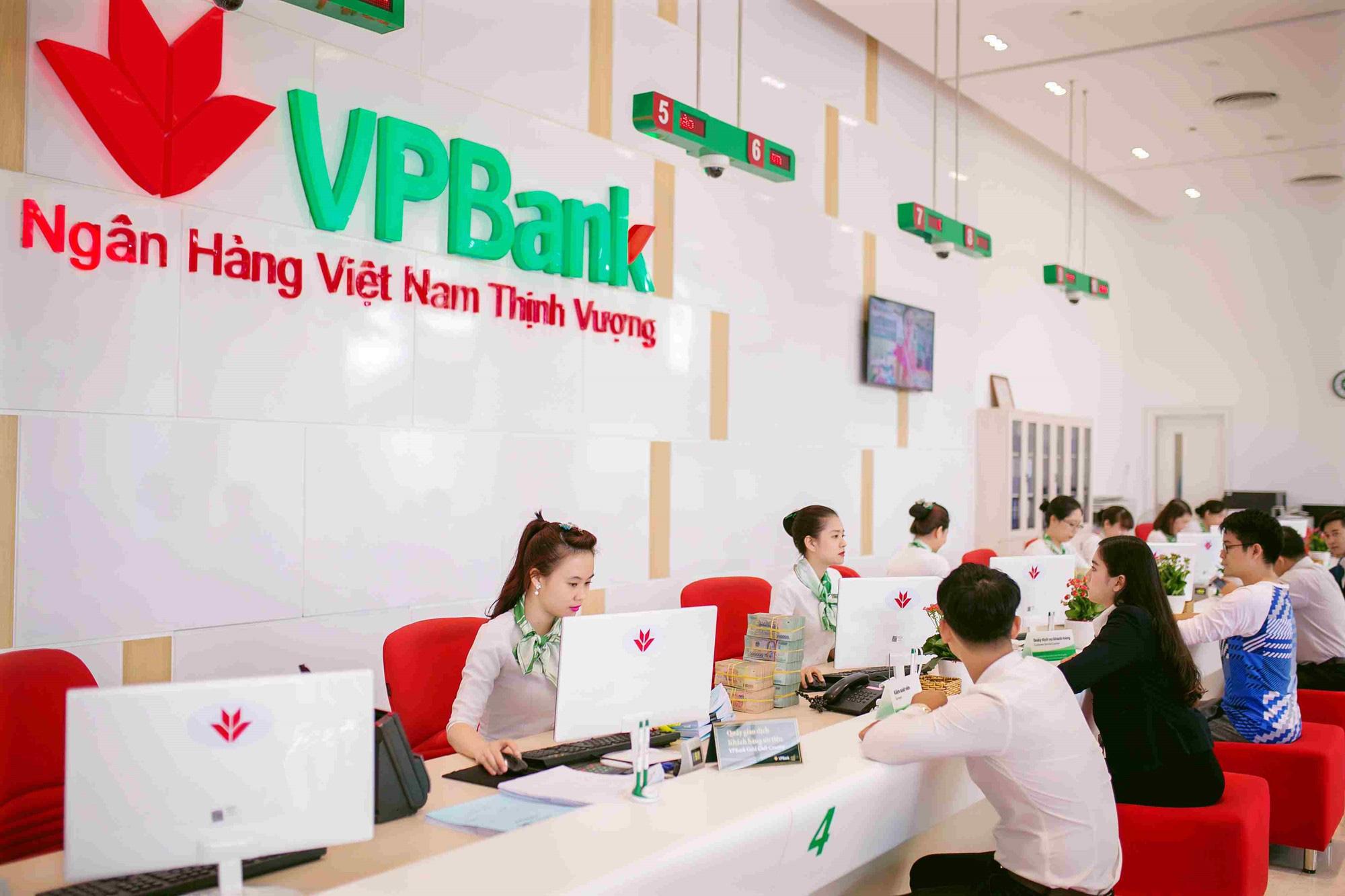 Nhìn lại kết quả kinh doanh của 18 ngân hàng Việt bị Moody's hạ triển vọng - Ảnh 7.