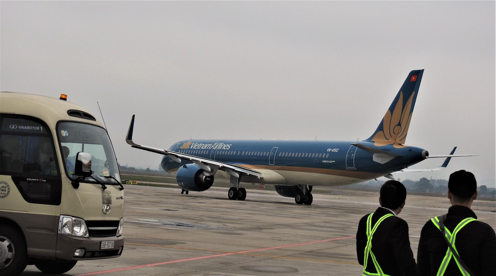 CEO Vietnam Airlines viết tâm thư gửi cán bộ nhân viên sau khi một tiếp viên nhiễm COVID-19 - Ảnh 1.