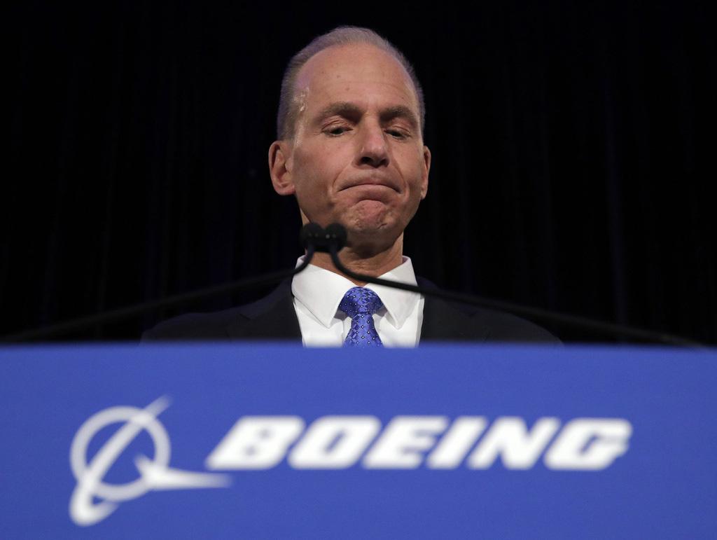 Sa thải CEO nhưng Boeing chưa thể vượt qua cơn sóng gió - Ảnh 1.