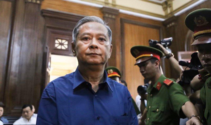 Nguyên Phó Chủ tịch UBND TPHCM Nguyễn Hữu Tín nộp 1,5 tỉ đồng khắc phục hậu quả - Ảnh 1.