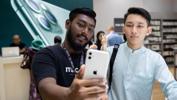 J.P. Morgan: Apple có thay đổi chiến lược phát hành iPhone mới - Ảnh 1.