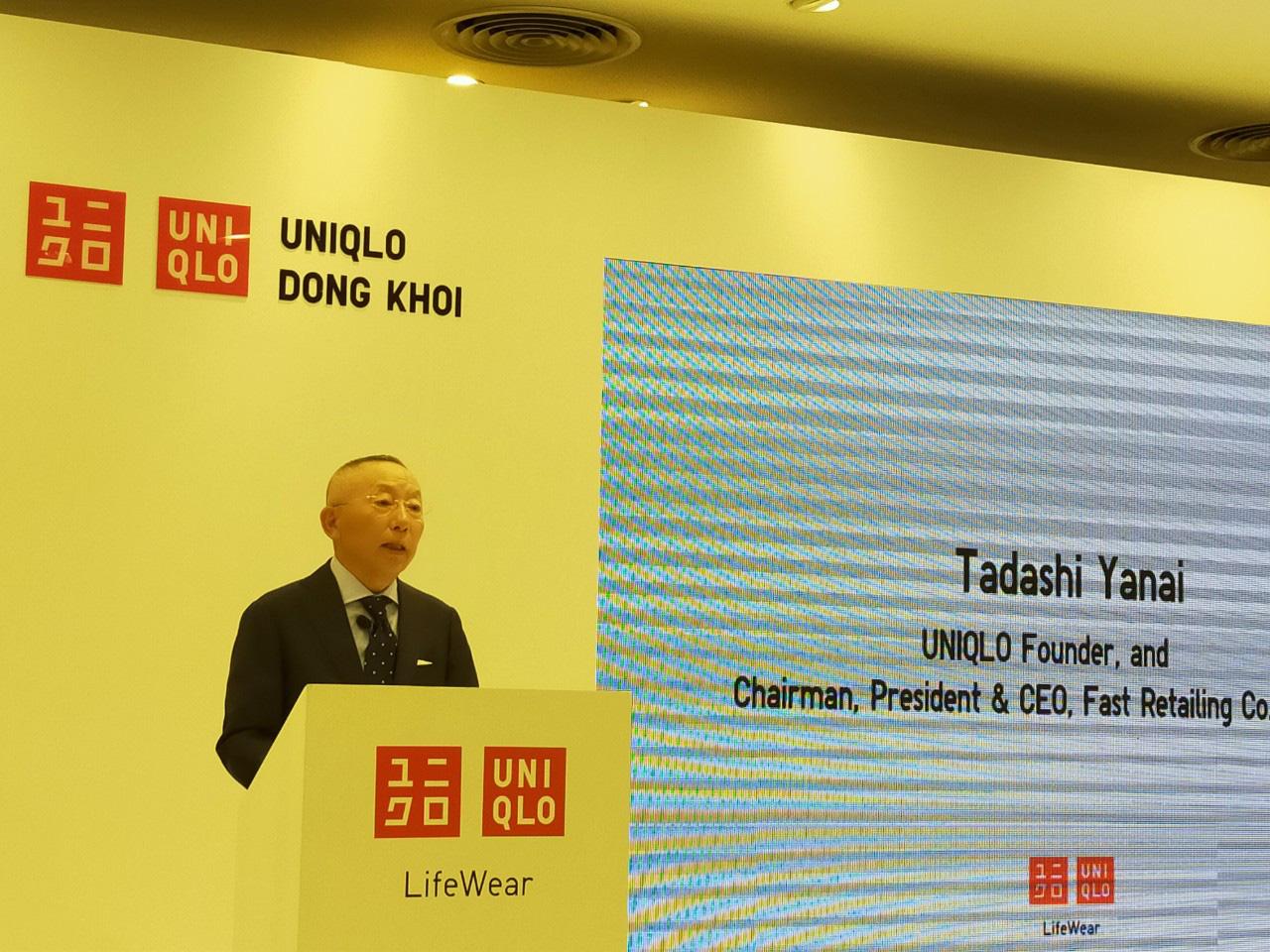 Chủ tịch Uniqlo khẳng định sẽ 'không có thất bại nào ở Việt Nam' - Ảnh 1.