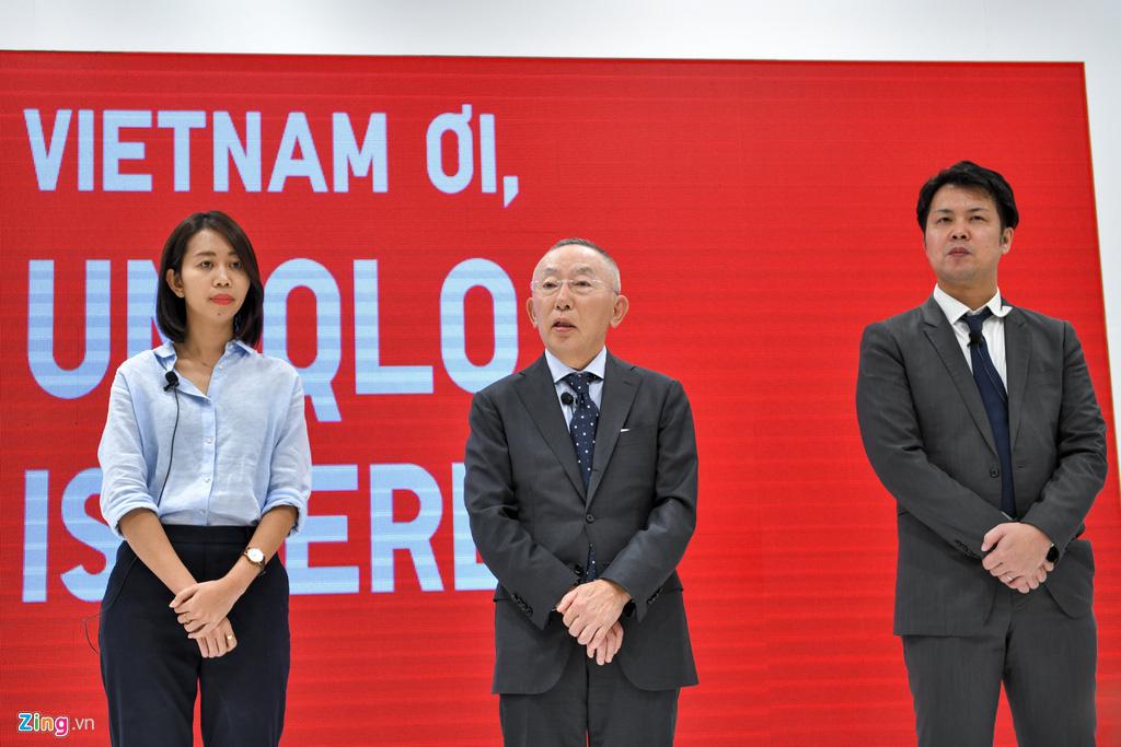 Ông Tadashi Yanai trong chuyến đến thăm Việt Nam để dự lễ khai trương Uniqlo Vietnam