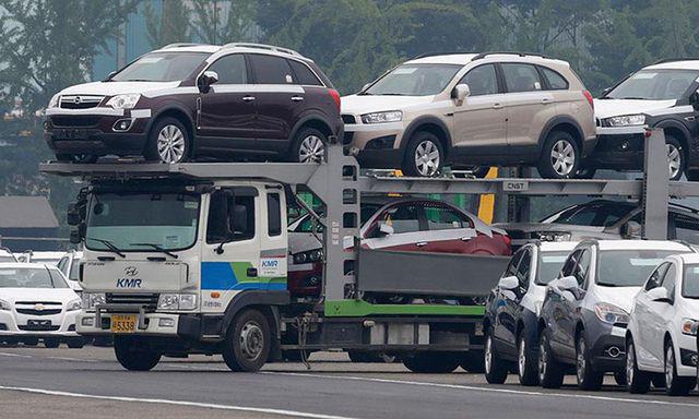 Lo Việt Nam dính 'vết xe đổ' của kì vọng: Bỏ thuế linh kiện, giá ô tô vẫn cao - Ảnh 1.