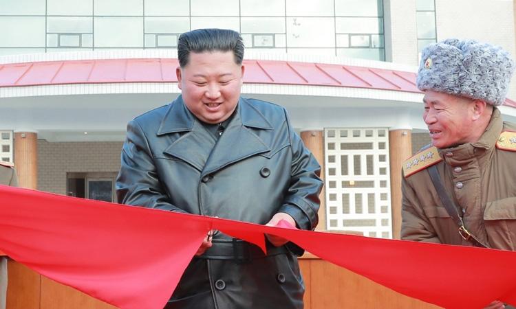 Kim Jong-un khánh thành khu nghỉ dưỡng - Ảnh 1.