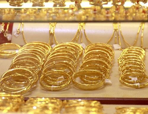 Dự báo giá vàng SJC ngày 14/3: Có thể duy trì đà tăng nhờ vàng thế giới chạm đỉnh hai tuần - Ảnh 1.