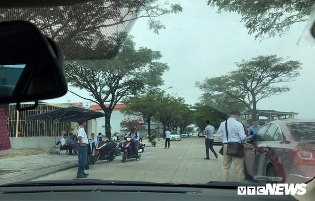 Tin tức Bất động sản ngày 13/3: Người Đà Nẵng vác bao tiền đi mua đất giữa cơn sốt... - Ảnh 2.