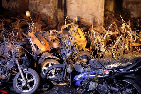 Cháy chung cư Carina: Bảo hiểm, đền bù nếu không thỏa thuận được, cần nhờ tòa án - Ảnh 2.