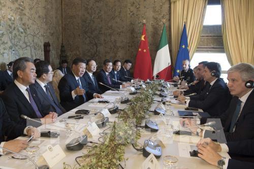 Đằng sau việc Italy tham gia sáng kiến Vành đai và con đường - Ảnh 2.