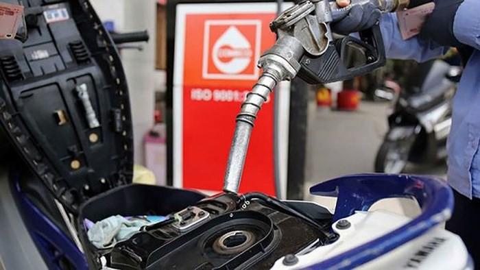 Giá xăng tiếp tục tăng mạnh hơn 1.000 đồng/lít từ 15h ngày 17/4 - Ảnh 1.
