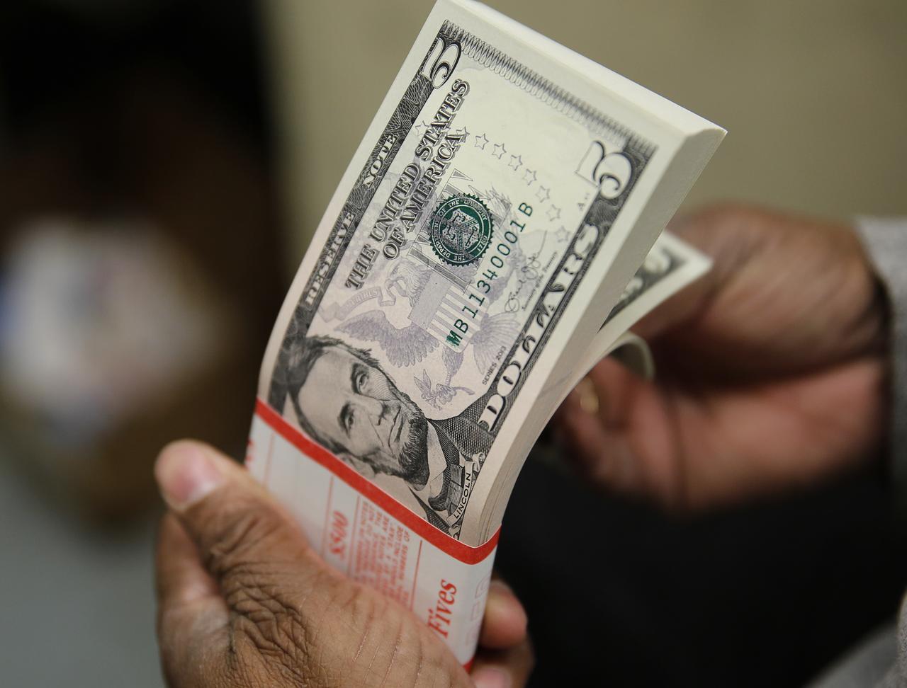 Tỷ giá USD hôm nay 9/10: Ổn định trên thị trường quốc tế - Ảnh 1.