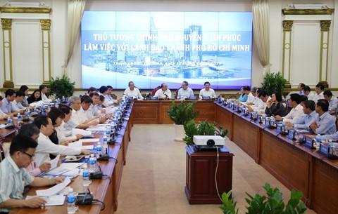 Chính phủ ủng hộ đề xuất thí điểm rút gọn bồi thường đất của TP.HCM - Ảnh 2.