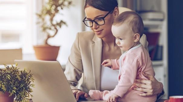 4 lời khuyên tài chính các bà nội trợ hiện đại nhất định phải biết - Ảnh 1.