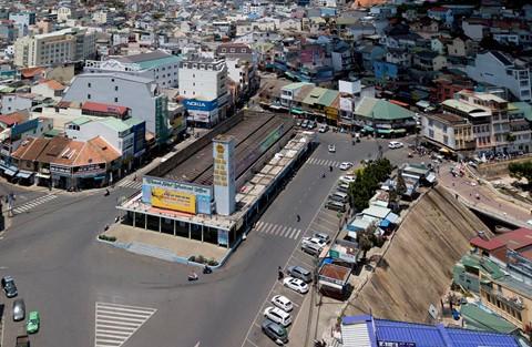 80 kiến trúc sư kiến nghị xem lại quy hoạch khu trung tâm Đà Lạt - Ảnh 2.