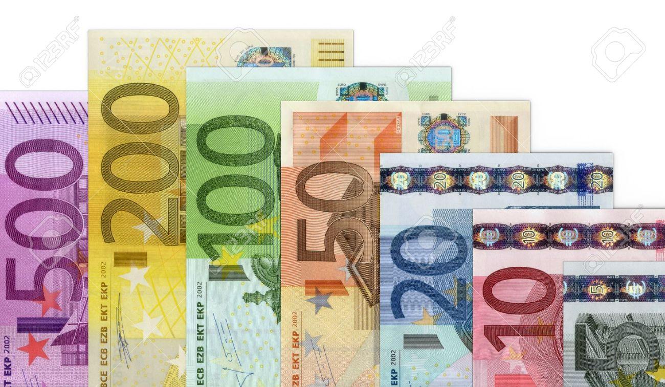 Tỷ giá Euro hôm nay (16/4) biến động trái chiều, giá Euro chợ đen nhích nhẹ - Ảnh 1.