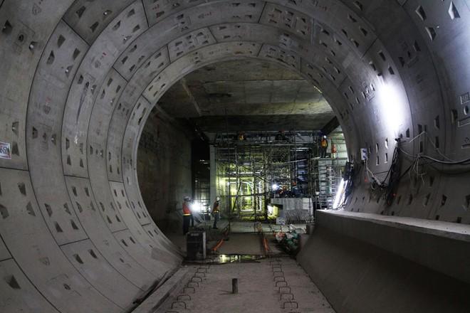 Cảnh báo lún nền công trình metro số 1 - Ảnh 1.