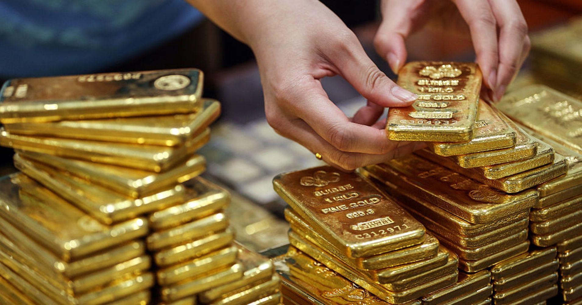 Standard Chartered: Giá vàng sẽ bứt phá và lên đến 1.375 USD trong 2020 - Ảnh 1.