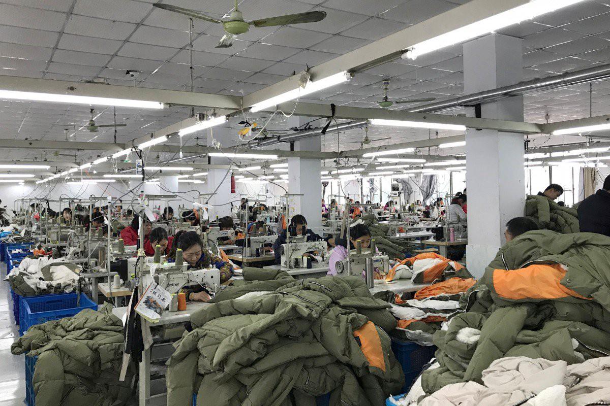 Sáng kiến Vành đai và Con đường có thể tăng tốc việc chuyển nhà máy từ Trung Quốc sang Việt Nam - Ảnh 1.