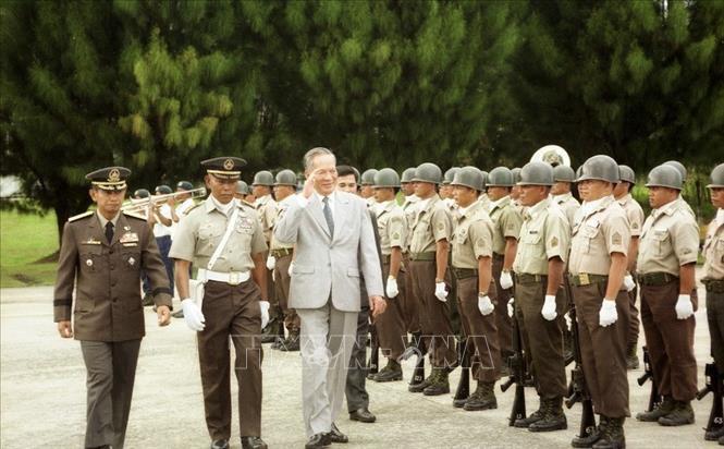 Một số hình ảnh đối nội, đối ngoại của nguyên Chủ tịch nước Lê Đức Anh - Ảnh 9.