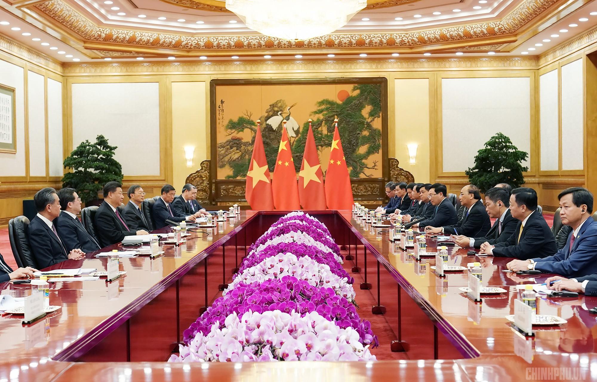 Thủ tướng Nguyễn Xuân Phúc hội kiến Tổng Bí thư, Chủ tịch Trung Quốc Tập Cận Bình - Ảnh 2.