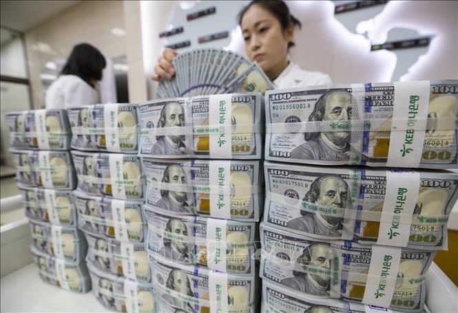 Giá USD trong nước vẫn tiếp tục tăng - Ảnh 1.