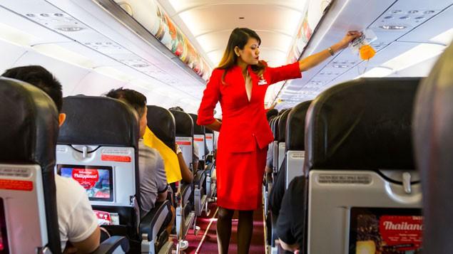 Hành khách có thể nhận tới 31 triệu đồng nếu bị đuổi khỏi máy bay - Ảnh 1.
