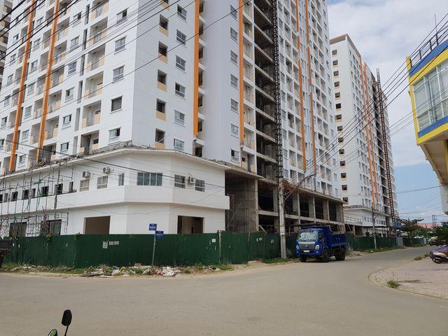Dự án nhà ở xã hội Hoàng Quân Nha Trang chậm giao nhà: Bộ Xây dựng lên tiếng - Ảnh 1.
